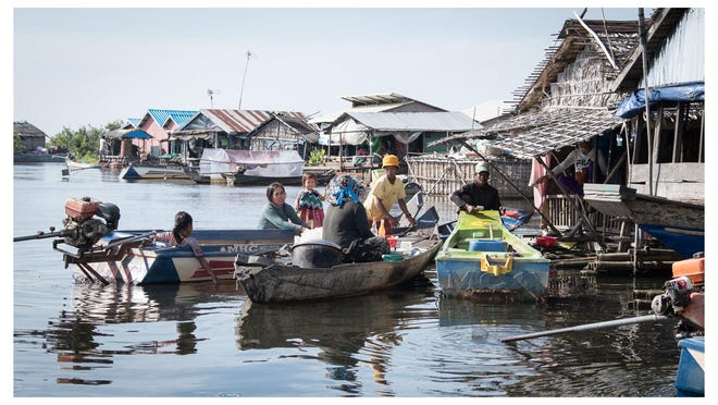 While no accurate figures exist, TLC founder Jon Morgan says there are at least 50 floating communities on the lake, jointly home to tens of thousands of people. The average income for a family is about 10,000 Cambodian Riel (2.5 dollars) a day.