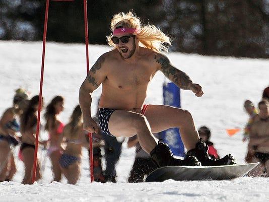 636226734890192214-ski-carnival-1.JPG