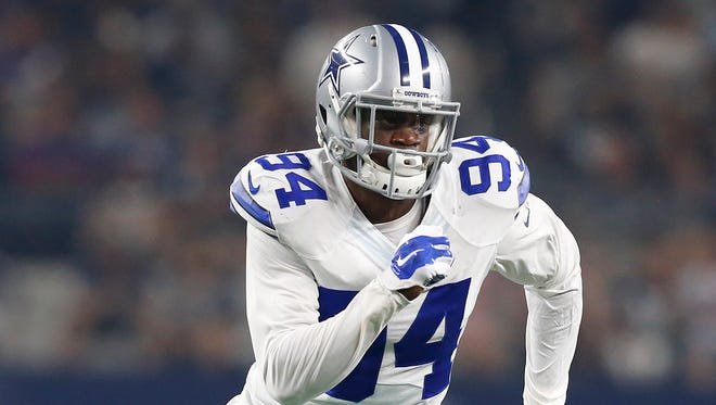 Dallas Cowboys defensive end Randy Gregory (94) in action against the Minnesota Vikings at AT&T Stadium.
