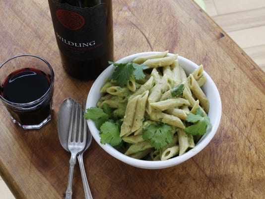 Food Healthy Avocado Pasta (2)