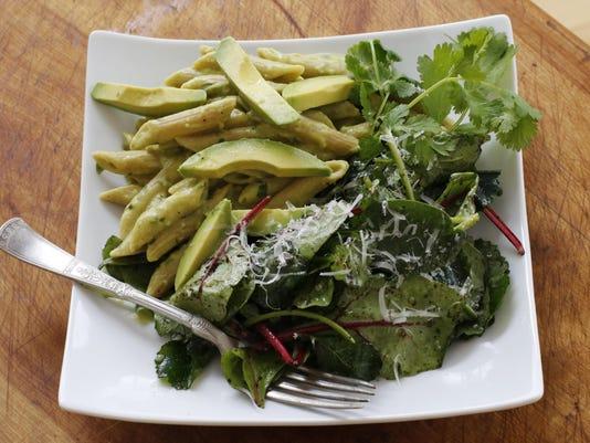 Food Healthy Avocado Pasta (2)
