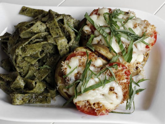 Food-KitchenWise-Grilled Eggplant Parmigiana (2)