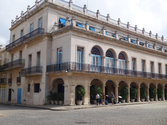 This late 18th-century structure, the Palacio de los Condes de Santovenia, was formerly a government palace and is now a five-star hotel and restaurant.