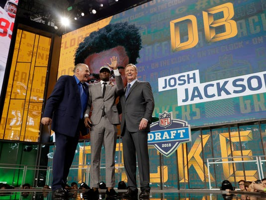 NFL_Draft_Football_65431.jpg
