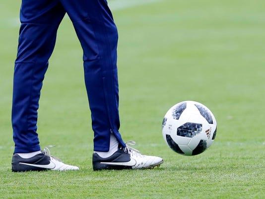 Russia_Soccer_WCup_Iran_82825.jpg