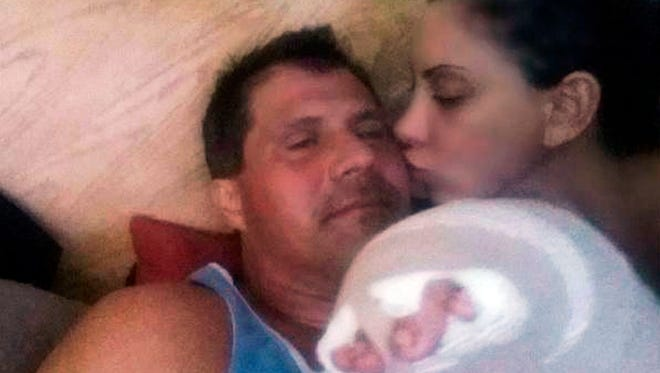A photo posted on Jose Canseco's Twitter page shows the former major league baseball player recovering at his Las Vegas home with his fiancee, actress and model Leila Knight.