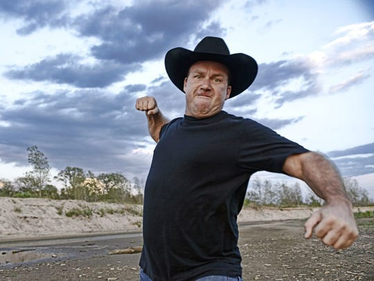 Stand-up star Rodney Carrington has a show at the Saenger Theatre on Friday.