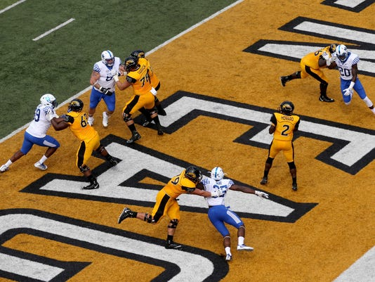 NCAA Football: Kentucky at Southern Mississippi