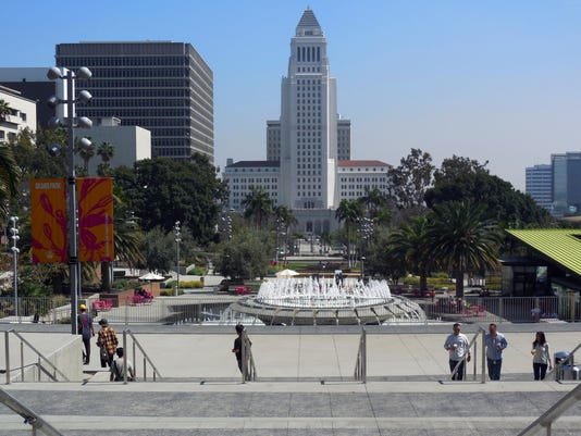 Los Angeles Grand Park, Los Angeles City Hall