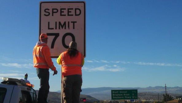 Crews install new speed limit signs along Interstate