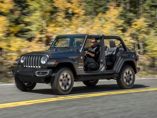 636474952603448222-2018-Jeep-Wrangler--09.JPG