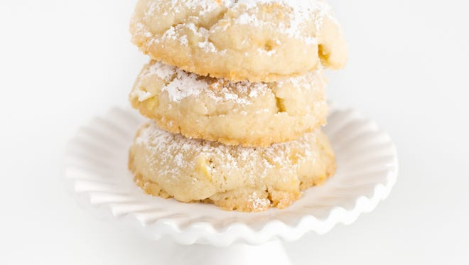 We have the recipe for almond macaroons that are supposed to taste like Seessel's.
