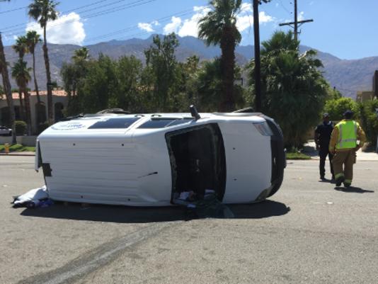 635691324625873967-via-escuela-car-crash