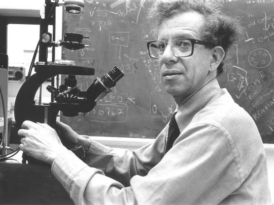 UW oncology professor Howard Temin was awarded a Nobel Prize for the discovery of retroviruses.