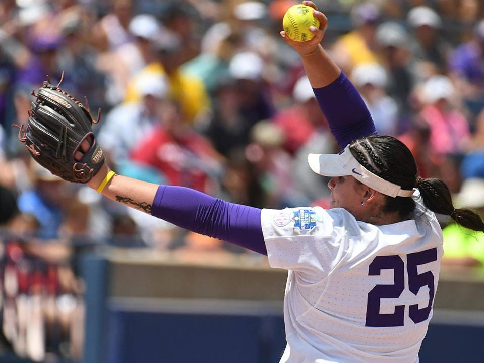 LSU's Allie Walljasper delivers a pitch during the Tigers' win over UCLA on Thursday.