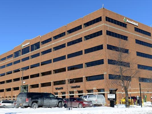 Associated Bank headquarters building 1.jpg