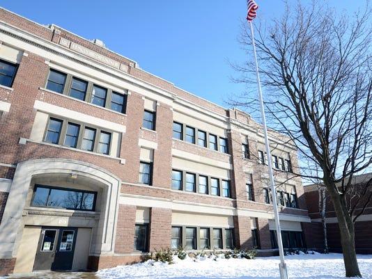 Howe Elementary School.jpg