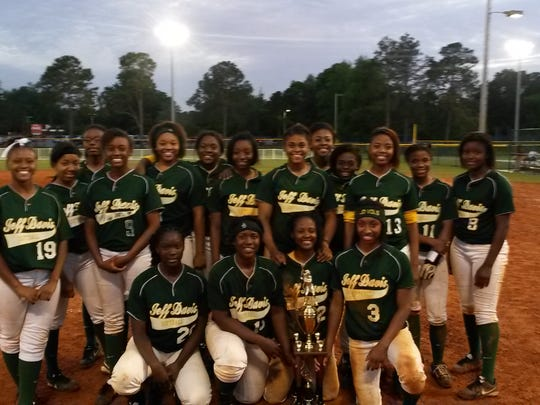 Jeff Davis (24-13) won the Class 6A, Area 6 softball tournament for the second year in a row earlier this week. The Vols defeated Sidney Lanier 17-2 and G.W. Carver 16-0 before defeating Robert E. Lee 8-5 in the championship game. Both the Vols and the Generals advanced to the regional tournament in Troy, which begins Friday.
