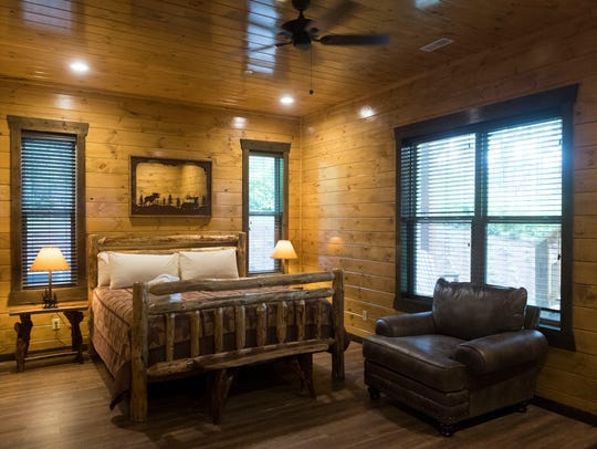 One of the suites at Cherokee Orchard's Big Oak Lodge