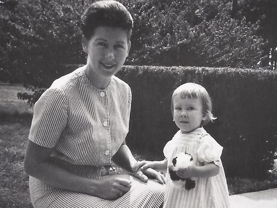 Mary Ann Hofbauer Carr and her daughter Cynthia Carr Falardeau in the spring of 1967.