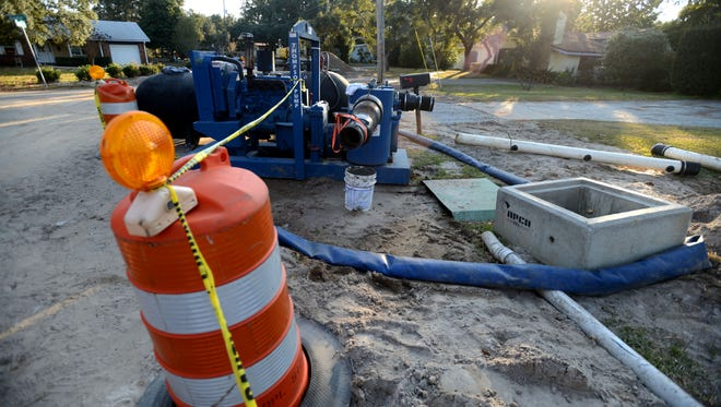 Utilities Service Company of Gulf Breeze working on a major stormwater project.