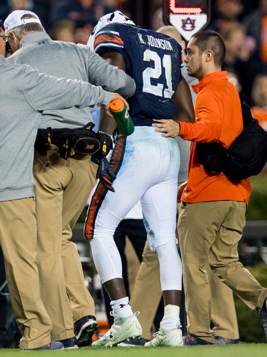 Kerryon Johnson Injury >> What's wrong with Kerryon Johnson's shoulder? Here are a few possibilities