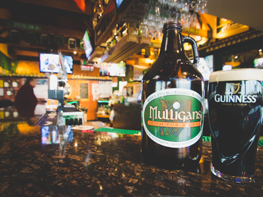 Mulligan's Irish Pub & Grill labels itself as having