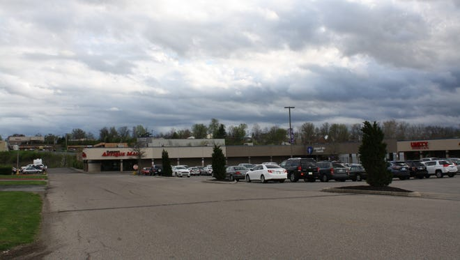 The proposed road addition would have run in front of the Florence Center, past the Florence Antique Mall, and extend Connector Drive past the Phantom Fireworks store to allow an exit at the light on Mall Road across from the Mall Road Shopping Center.
