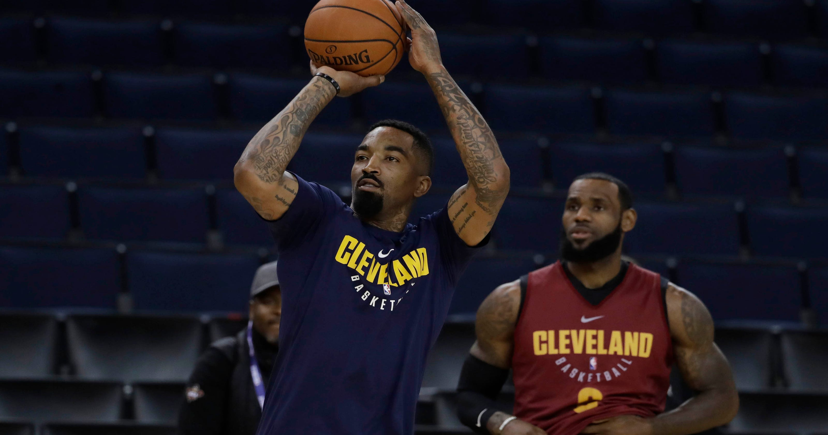a17404fb031e LeBron and Kevin Love support J.R. Smith before Game 2