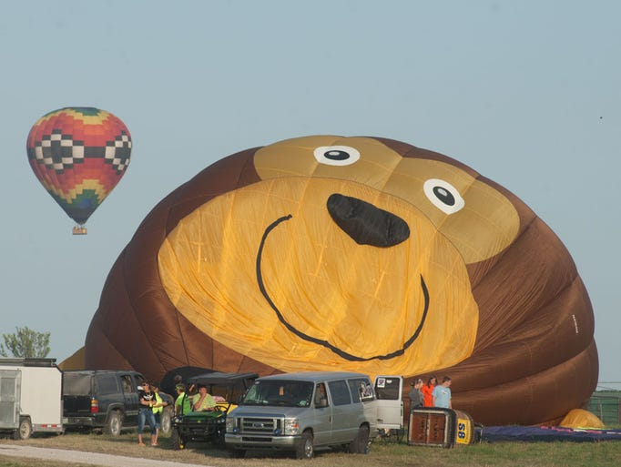 national balloon classic july 29 evening flight at the balloon field