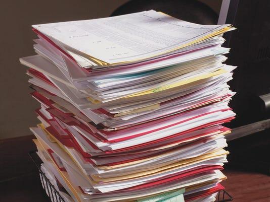 PaperworkInBasketHC1002_M_150_C_R