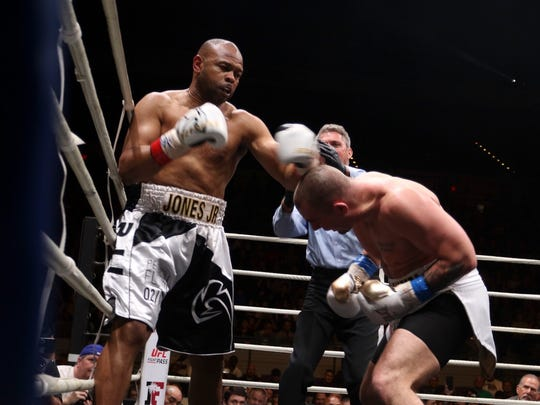 Roy Jones Jr. during the final fight of his career at the Island Fights at the Pensacola Bay Center on Thursday, February 8, 2018.