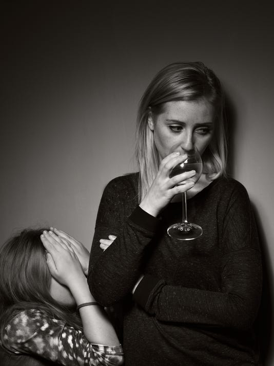 Child prays that father stopped drinking alcohol.