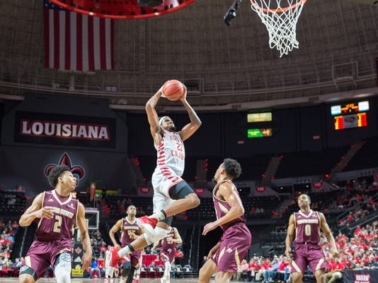 636543302878587070-Cajuns.Texas.State.basketball.02.15-6931.jpg