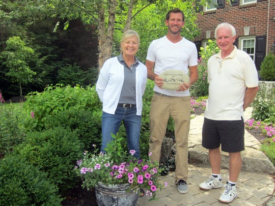 Villa Hills Garden Club co-presidents Colleen Weeda