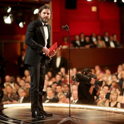 """Oscars 2017: Local resident part of winning night for """"Manchester of the Sea"""""""
