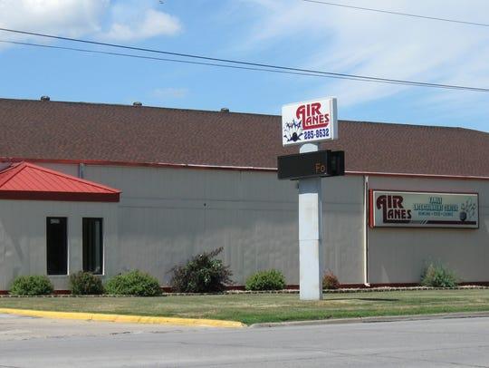 Air Lanes, 4200 Fleur Drive.