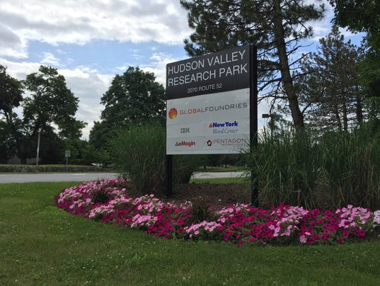 New sign: GlobalFoundries
