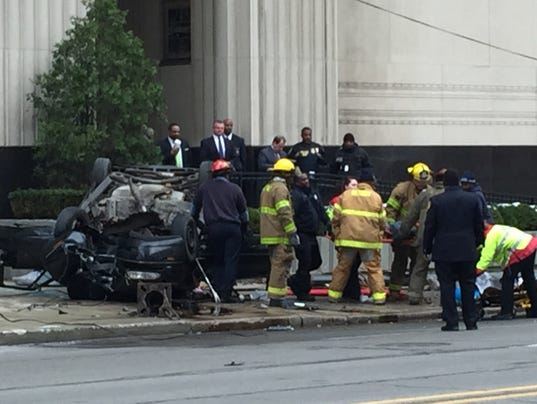 Car crashes into Federal courthouse