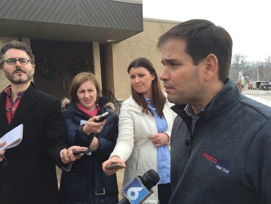 635870093152749186-Rubio-reporters-Dec.-29-2015.jpg
