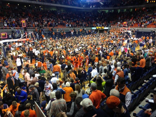 Auburn Arena court storming Kentucky