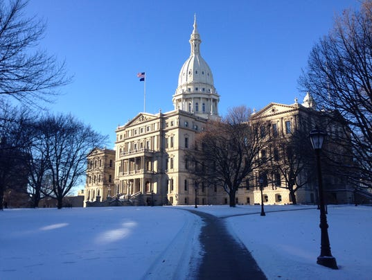 635913960031763385-capitol-winter.jpg