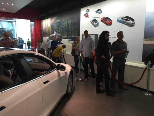 Tesla Line