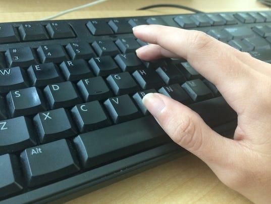 635993535400572455-keyboard.JPG
