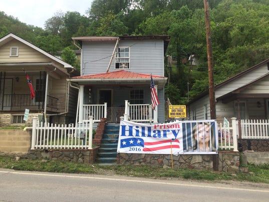 636053912893116696-Clinton-banner.jpg