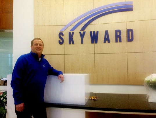 636165250902414197-Skyward-Ray-Ackerlund.jpg
