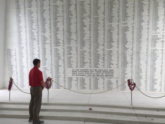 636168052486365423-Kind-at-Pearl-Harbor-Memorial.JPG