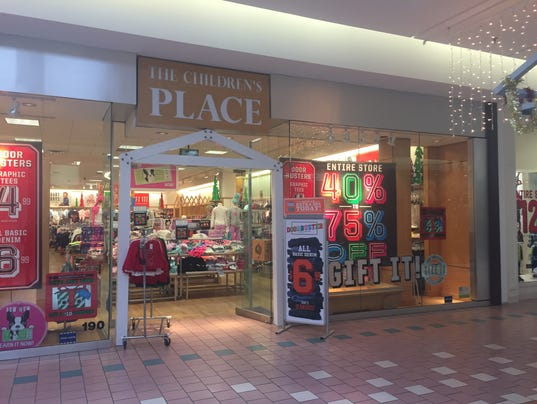 Rochester Outlets. Our Rochester outlet mall guide lists all the outlet malls in and around Rochester, helping you locate the most convenient outlet shopping based on your location and travel plans.