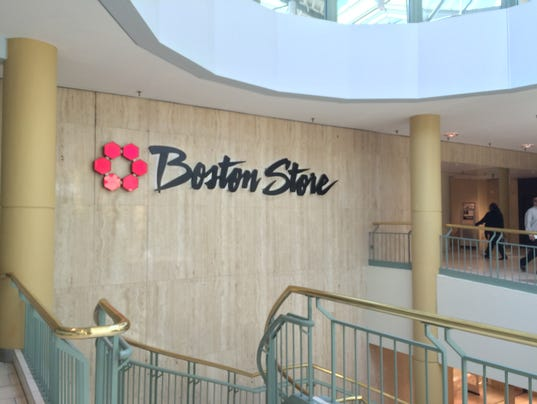 Holiday sales down for Bon-Ton