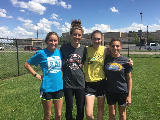 River Valleygirls track 4x400 relay team